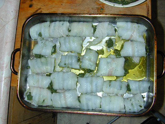 Put all the fish rolls into the oiled pan