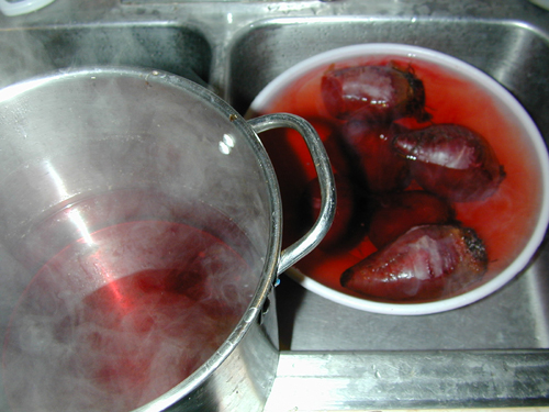 Beets cooling in cold water