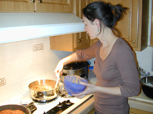 Jessica making curry